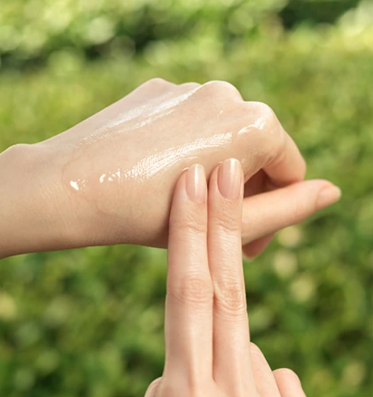 Innisfree serum use hands